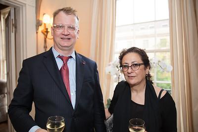 Robert Tarasovich, Lina Cortas