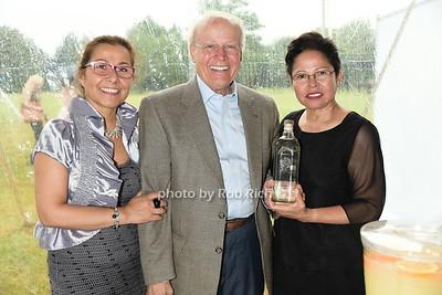 Marie Sepuldva, Ben Kiembock, and Sarita Kiembock photo by Rob Rich/SocietyAllure.com © 2015 robwayne1@aol.com 516-676-3939