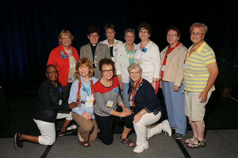 Ninth Triennial Convention | Delegates from Northwestern Minnesota pose with Presiding Bishop Elizabeth Eaton following the convention.