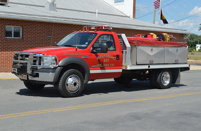 Attack 497 from Petersburg is this 2005 Ford F550/Shade Equipment Company/Custom Composites with a 300 gallon water tank and five gallons of foam.