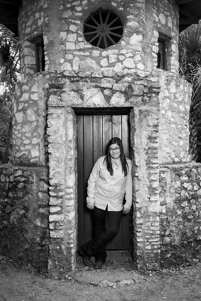 Maddie Sr  Images LBPhotography-AllRightsReserved-10
