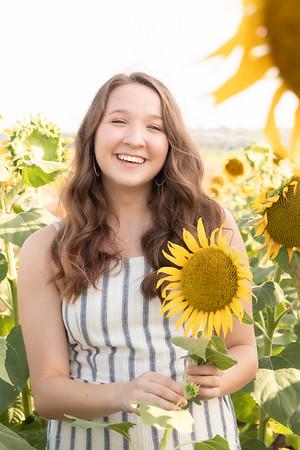 Niki Sunflowers at the Gin-15