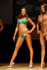 a Melanie Montanaro (30)
