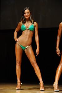 a Melanie Montanaro (33)