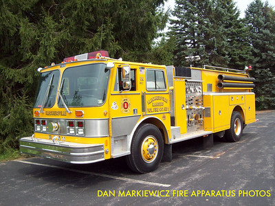 KLECKNERSVILLE RANGERS FIRE CO. FORMER ENGINE 4812 1984 HAHN PUMPER