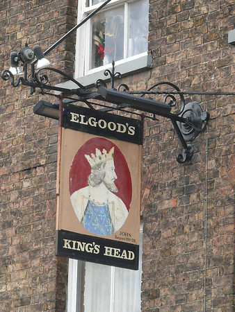 Pub Sign - King's Head, Old Market, Wisbech 110610