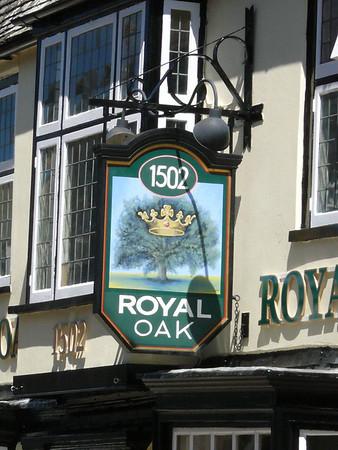 Pub Sign - Royal Oak, Crown Street, St Ives 110626