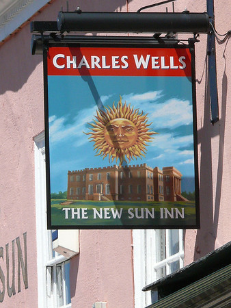 Pub Sign - The New Sun Inn, High Street, Kimbolton 110626.