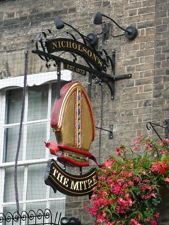 Pub Sign - The Mitre, Bridge Street, Cambridge 110907