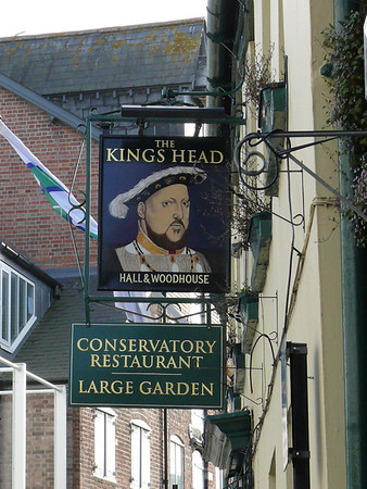 Pub Sign - The Kings Head, High Street, Poole 110409