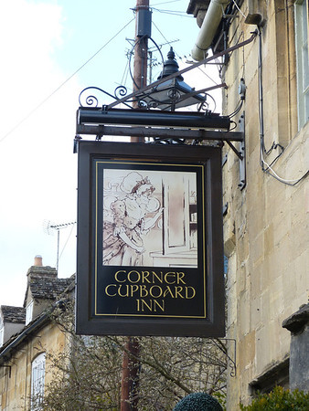 Pub Sign - Corner Cupboard Inn, Gloucester Street, Winchcombe 130330