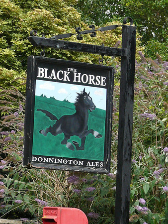 Pub Sign - The Black Horse, Naunton 110723