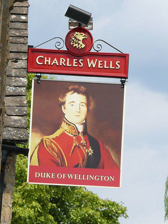 Pub Sign - Duke of Wellington, Sherbourne Street, Bourton-on-the-Water 110723