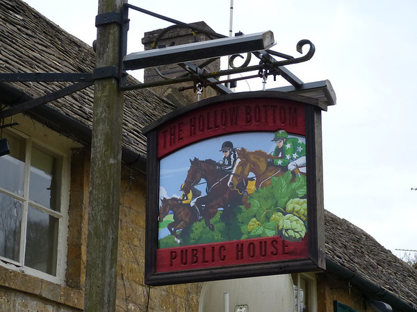 Pub Sign - The Hollow Bottom, Guiting Power 130330