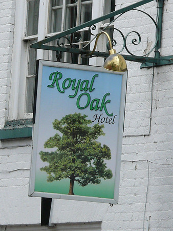 Pub Sign - Royal Oak, The Sothend, Ledbury 110717