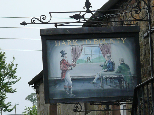 Pub Sign - Hark to Bounty, Slaidburn 110811