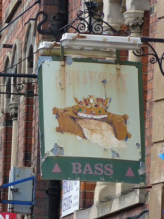 Pub Sign - Crown & Woolpack, High Street, Long Sutton 120624