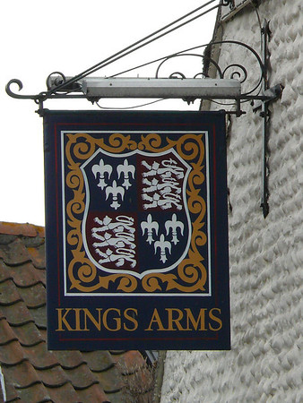 Pub Sign - Kings Arms, Blakeney 110615