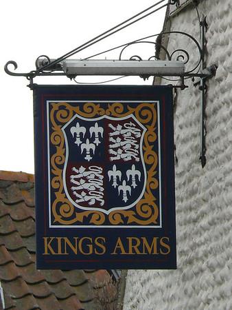 Pub Sign - Kings Arms, Blakeney 110615