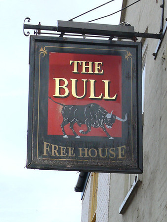 Pub Sign - The Bull, Fakenham 110904