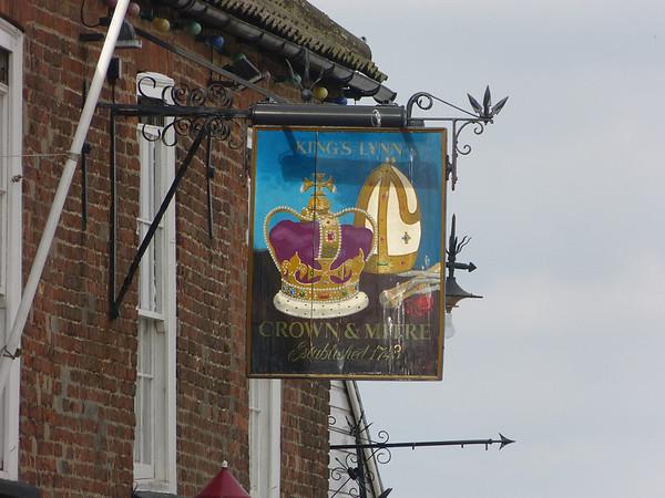 Pub Sign - Crown & Mitre, Ferry Street, Kings Lynn 130827
