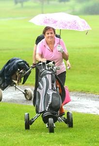 TOP-L-TT  Rainy Day Golf