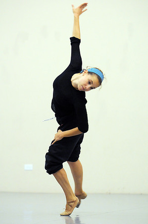 Elizabeth Towles performs her dance choreographed by Alex Ketley for POP by Ballet Nouveau Colorado during rehearsal at the studio earlier this month.<br /> <br /> Sept. 5, 2009<br /> Staff photo/David R. Jennings