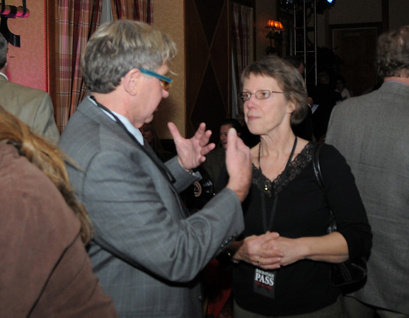 Chuck Morris talks with Karen Smith during the Broomfield Chamber of Commerce annual dinner at the Renaissance Boulder Flatiron Hotel on Thursday.<br /> <br /> January 27, 2011<br /> staff photo/David R. Jennings