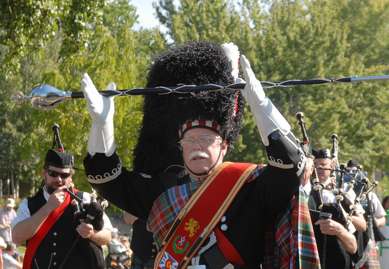 Dave Cottrell drum major for the Colorado Caledonian Pipe band in the parade during Broomfield Days at Midway Park on Saturday.<br /> <br /> Sept. 19, 2009<br /> Staff photo/David R. Jennings