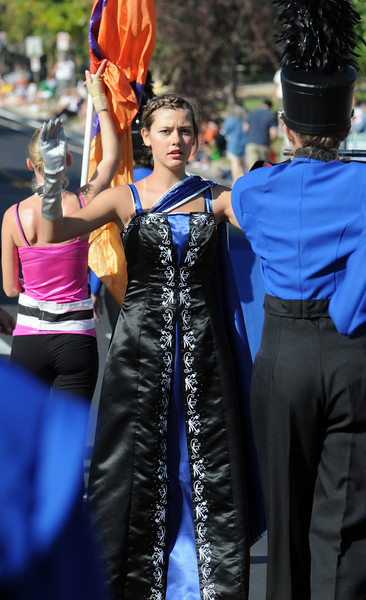 Broomfield High's drum major Julie Brandenberg signals to the band while marching in the parade during Broomfield Days at Midway Park on Saturday.<br /> <br /> Sept. 19, 2009<br /> Staff photo/David R. Jennings