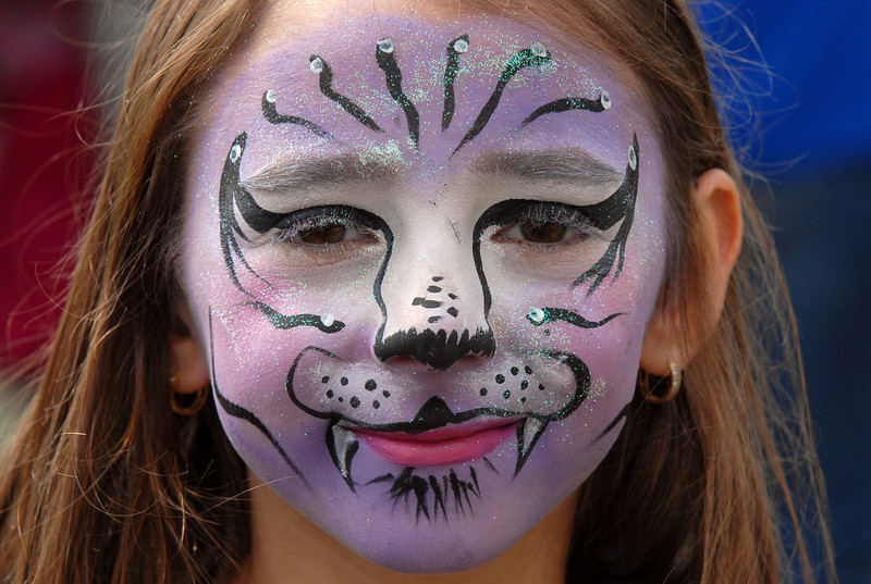 Aleksandra Jones, 8, shows her face painted at Broomfield Days on Saturday.<br /> <br /> September 18, 2010<br /> staff photo/David R. Jennings