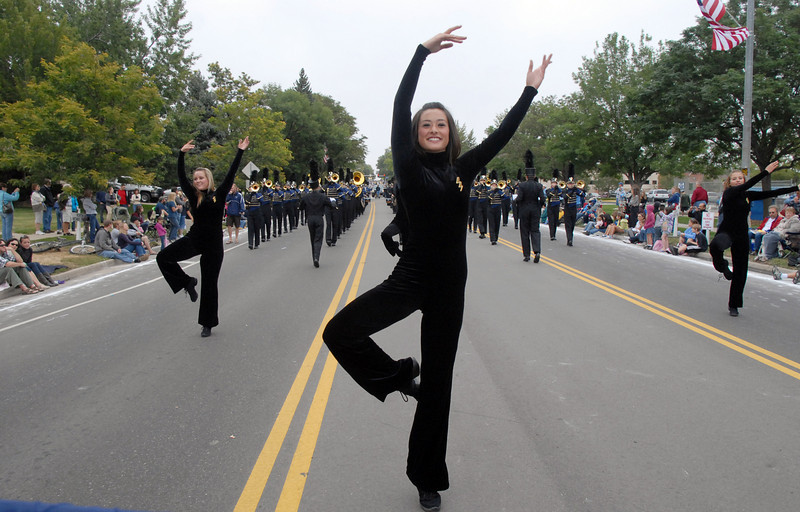 Legacy High band lead dancer Lindsay Dighero dances during the parade at Broomfield Days on Saturday.<br /> <br /> September 18, 2010<br /> staff photo/David R. Jennings