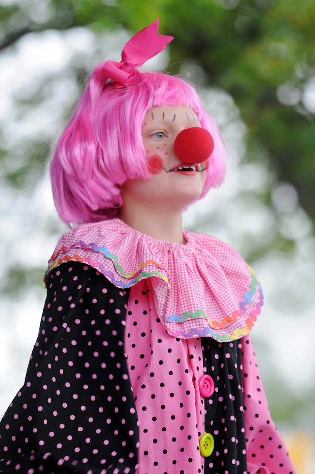 Hadley Turner, 8, competes in the Clown Contest at Broomfield Days on Saturday.<br /> <br /> September 18, 2010<br /> staff photo/David R. Jennings