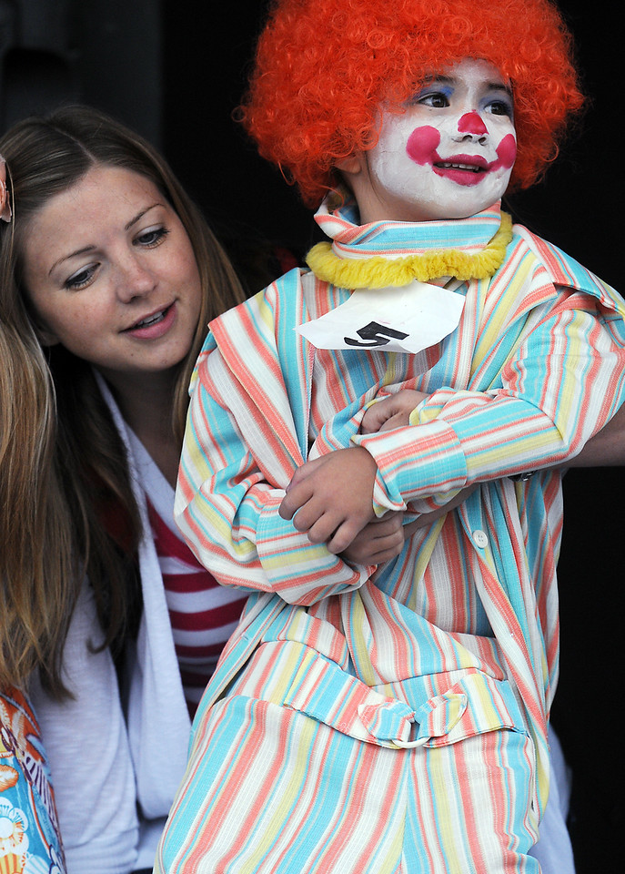 Calli Ellis, 4 1/2, with her mother Katy watching competes in the clown contest at Broomfield Days on Saturday.<br /> <br /> September 18, 2010<br /> staff photo/David R. Jennings