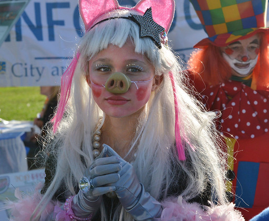 Shannon Ireland, 12, dressed as a Miss Piggy clown for the Optimist Clown Contest at Broomfield Days.<br /> September 15, 2012<br /> staff photo/ David R. Jennings