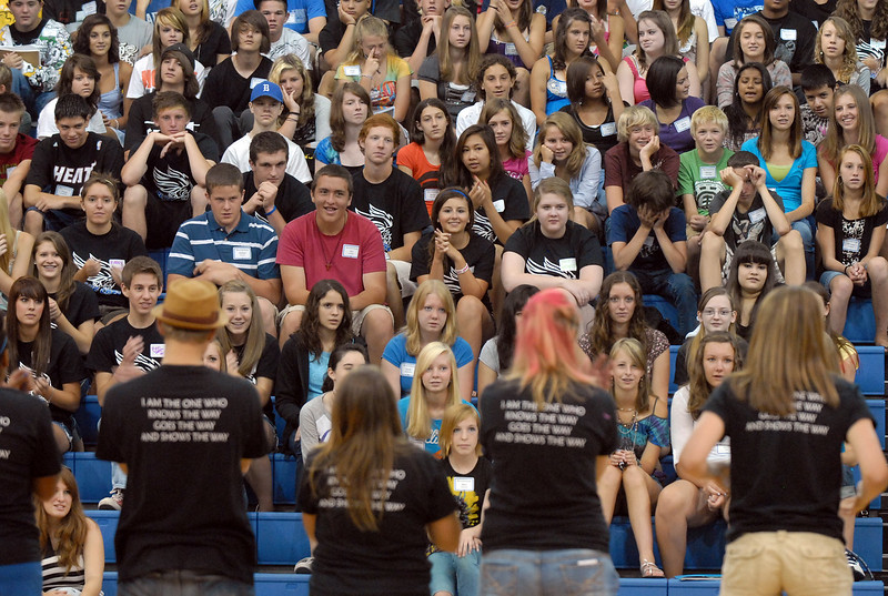 Broomfield High School freshman class of over 400 listen to Blue Crew leaders during Tuesday's freshman transition day.<br /> August 17, 2010<br /> staff photo/David R. Jennings