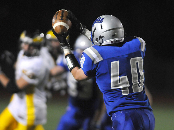 Sean Tatum Broomfield catches a pass during the homecoming game against Thompson Valley at Elizabeth Kennedy Stadium on Friday.<br /> <br /> October 2, 2009<br /> Staff photo/David R. Jennings