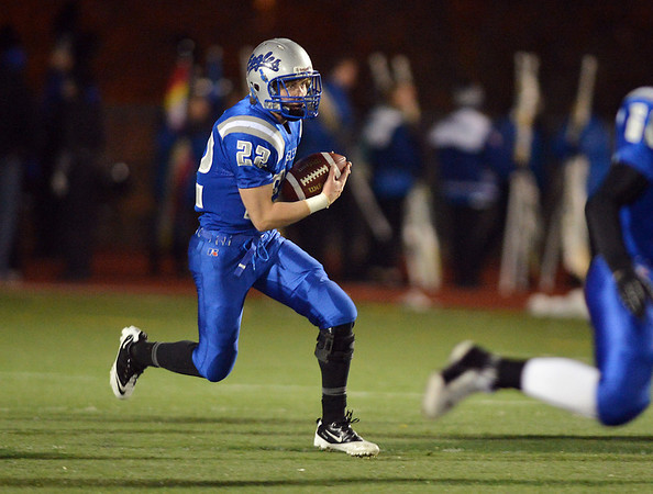 Broomfield's  Ryan McCulley truns downfield against Monarch during Friday's game at Elizabeth Kennedy Stadium.<br /> October 25, 2012<br /> staff photo/ David R. Jennings