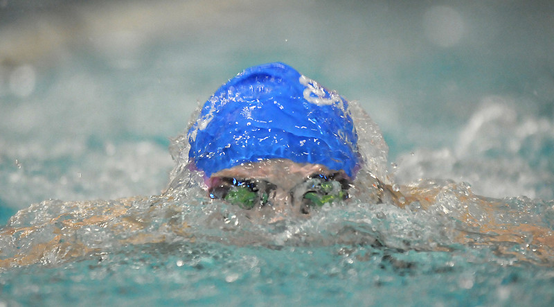 Broomfield's Heather Shaver swimming in the 100 yard breaststroke during the Coaches Invitational Swim Meet at Mountain View Aquatic Center in Loveland on Saturday.<br /> <br /> December 18, 2010<br /> staff photo/David R. Jennings