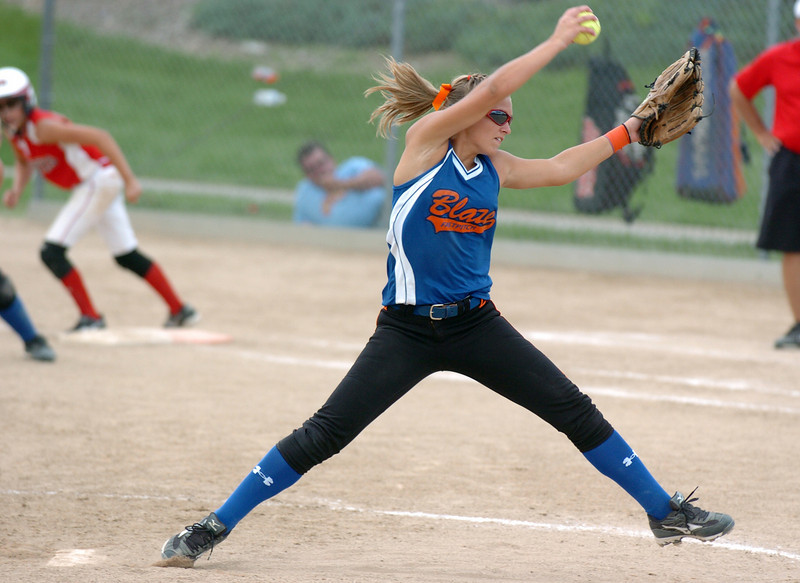 Blaze Fastpitch pitcher Ally Russell throws during the 12U Colorado Fireworks Softball Tournament championship game between the Texas Hawks and Oklahoma BLaze Fastpitch at the Community Park ball fields on Sunday.<br /> <br /> July 4, 2010<br /> Staff photo/ David R. Jennings