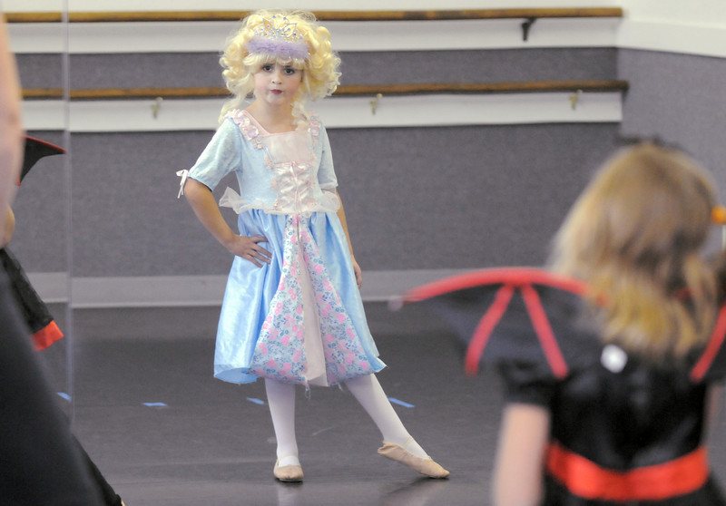 Phylissa Gilman, 6, dressed in her Halloween costume for class at the Dance Arts Studio on Thursday. Dance Arts founded by Jane Spain is celebrating it's 50th anniversary.<br /> <br /> <br /> October 28, 2010<br /> staff photo/David R. Jennings