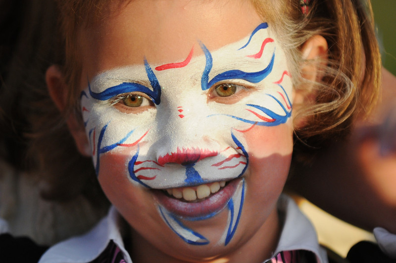 Kyra Harrell, 8, had her face decorated during Broomfield's Great American Picnic at County Commons Park.<br /> <br /> July 4, 2009<br /> staff photo/David Jennings