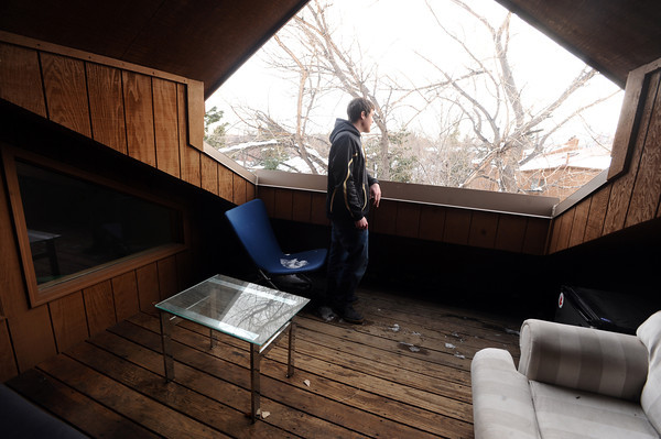 "Keegan Pilling looks out onto the Flatirons from the deck in his Gold Run apartment in Boulder.<br /> For a video of Pilling showing off his nice living quarters go to  <a href=""http://www.coloradodaily.com"">http://www.coloradodaily.com</a><br /> Photo by Paul Aiken"