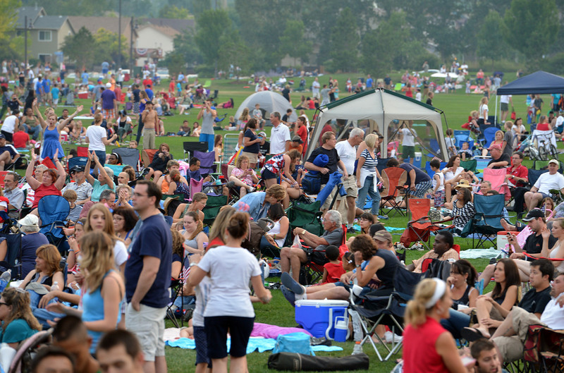 An unofficial crowd estimate of over 20,000 people came to Broomfield's Great American Picnic at the Broomfield County Commons Park on Wednesday.<br /> <br /> JJuly 4, 2012<br /> staff photo/ David R. Jennings