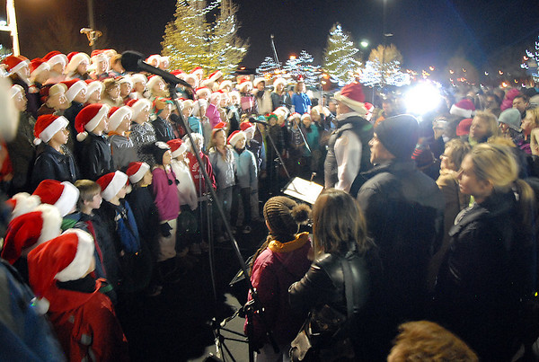BE1205betree11<br /> The Kohl Elementary School choir sings during the Holiday Tree Lighting Ceremony at the Broomfield City and County Building on Friday.<br /> <br /> December 3, 2010<br /> staff photo/David R. Jennings