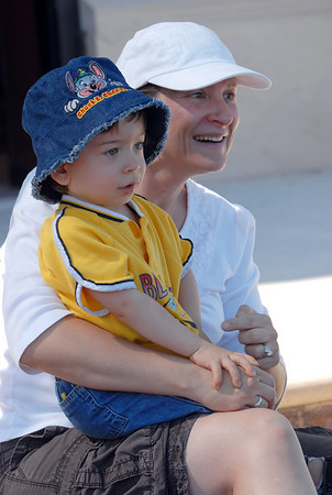 Stacey Chavez and her son Ty, 22 months-old, listen to story time at the Children's Library  during Labor Day weekend on Saturday.<br /> <br /> Sept. 5, 2009<br /> Staff photo/David R. Jennings