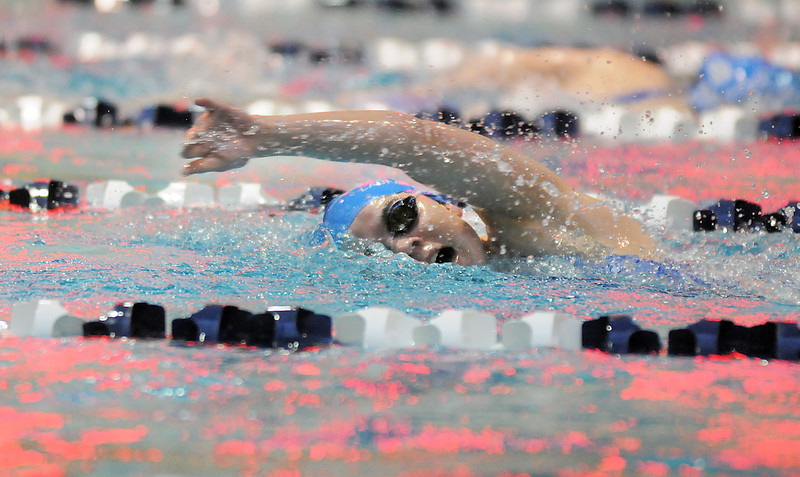 Broomfield's Katalena Laufasa-Duncan swims the freestyle in the 200 yard IM event during Tuesday's Legacy vs. Broomfield swim meet at the Veterans Memorial Aquatic Center in Thornton.<br /> <br /> January 25, 2011<br /> staff photo/David R. Jennings