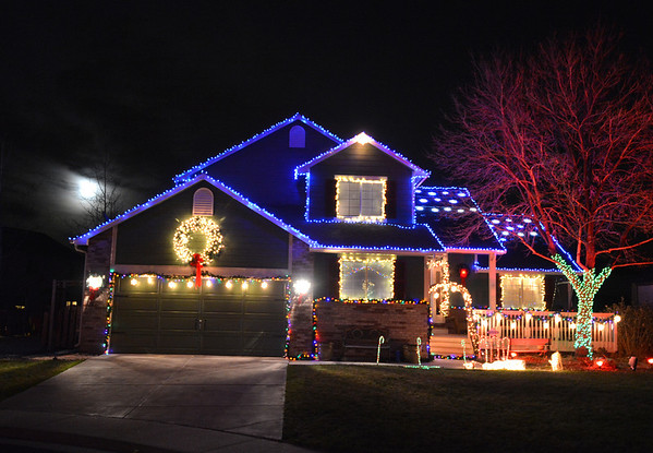 Holiday lighting display's on houses in the Northridge neighborhood in clouding 1222 Dover Ct.  in Broomfield.<br /> December 6, 2012<br /> staff photo/ David R. Jennings