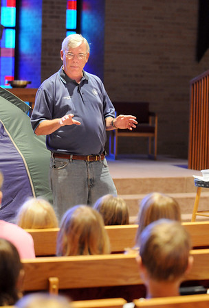 Broomfield Mayor Pat Quinn gives a brief talk on probabilities to students during Math Camp held at the United Methodist Church on Friday.<br /> <br /> August 7, 2009<br /> staff photo/David R. Jennings
