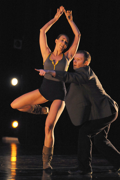 "BNC company dancers Sean Watson and Meredith Strathmeyer rehearse ""Bang Bang"" for Moving Together, a cause for dance, a benefit for Ballet Nouveau Colorado for Thursday's performance at the Pinnacle Charter School arts complex. <br /> July 27, 2010<br /> Staff photo/ David R. Jennings"